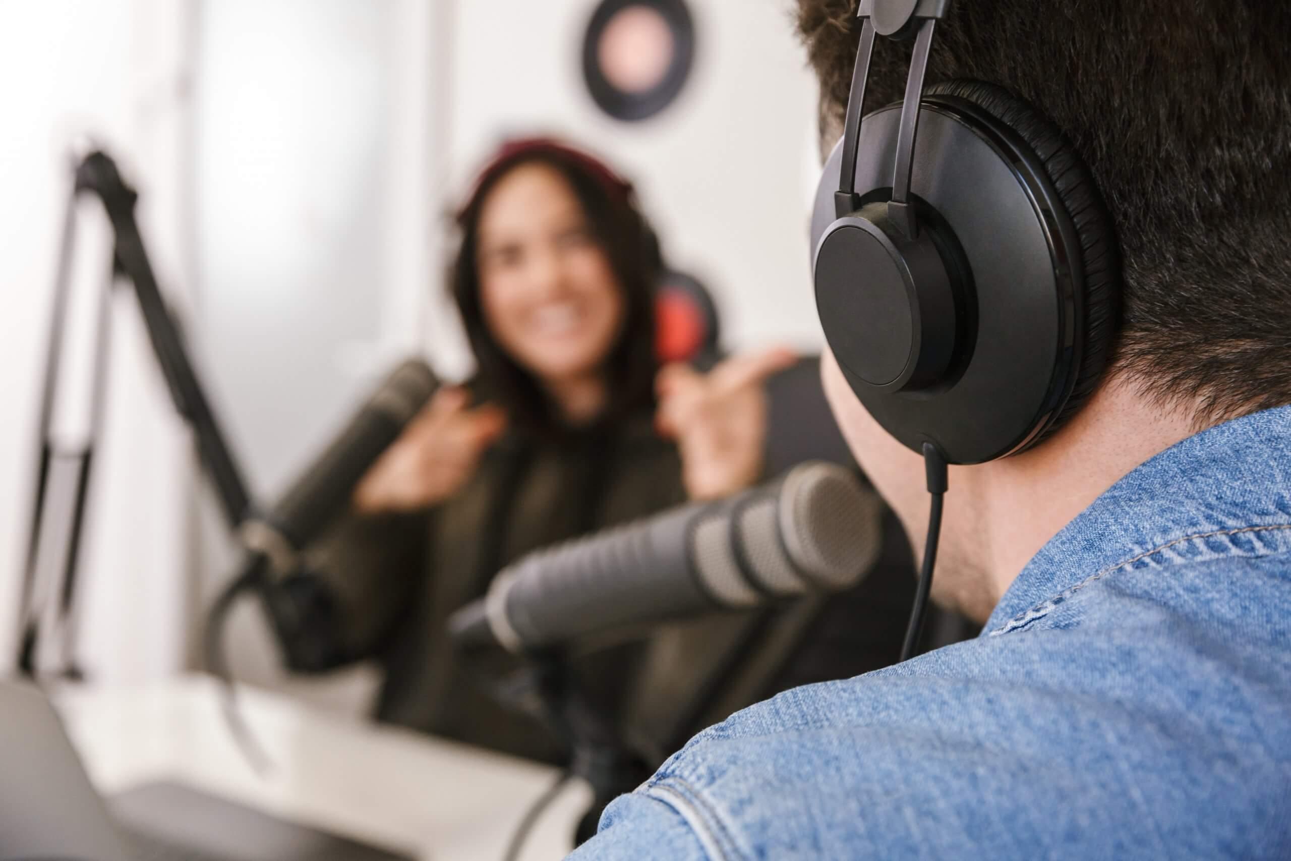 5 Tips untuk Membuat Konten Podcast yang Menarik Pendengar